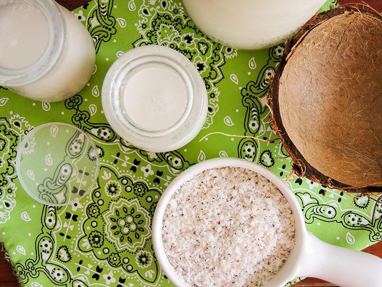 Receita de leite de coco caseiro