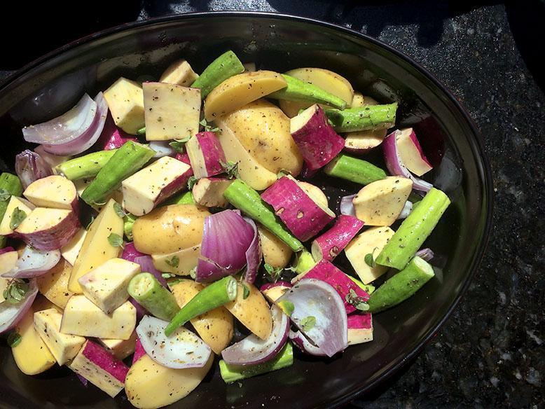 Receitas de batatas e quiabo ao forno