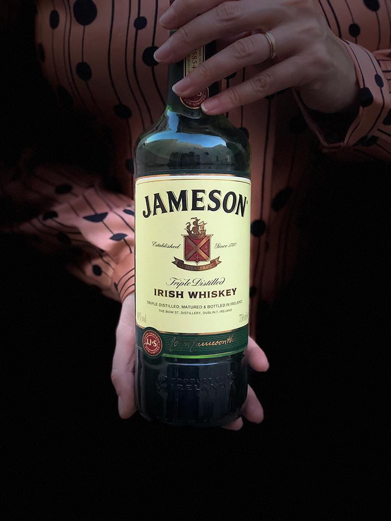 Drink de whisky com soda