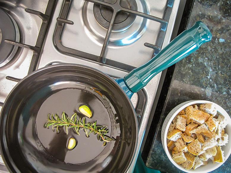 Croutons de frigideira