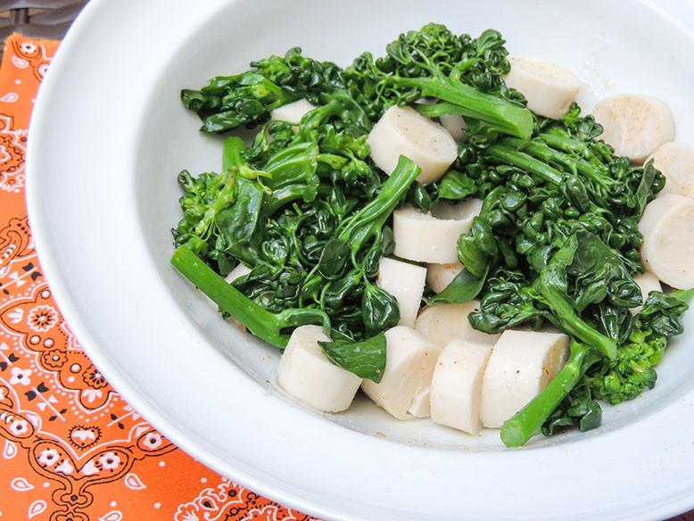 Salada de brócolis com palmito