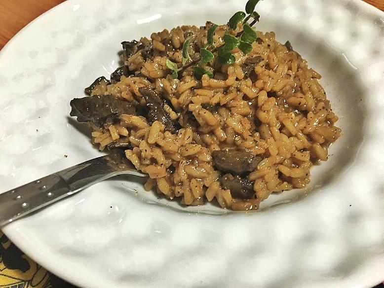 Receita de risoto de funghi secchi com vinho tinto