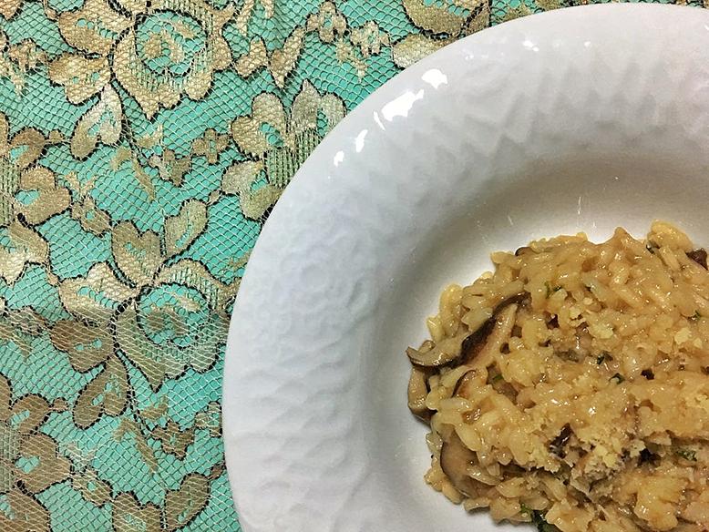 Receita de risoto de shitake com caldo de trufas
