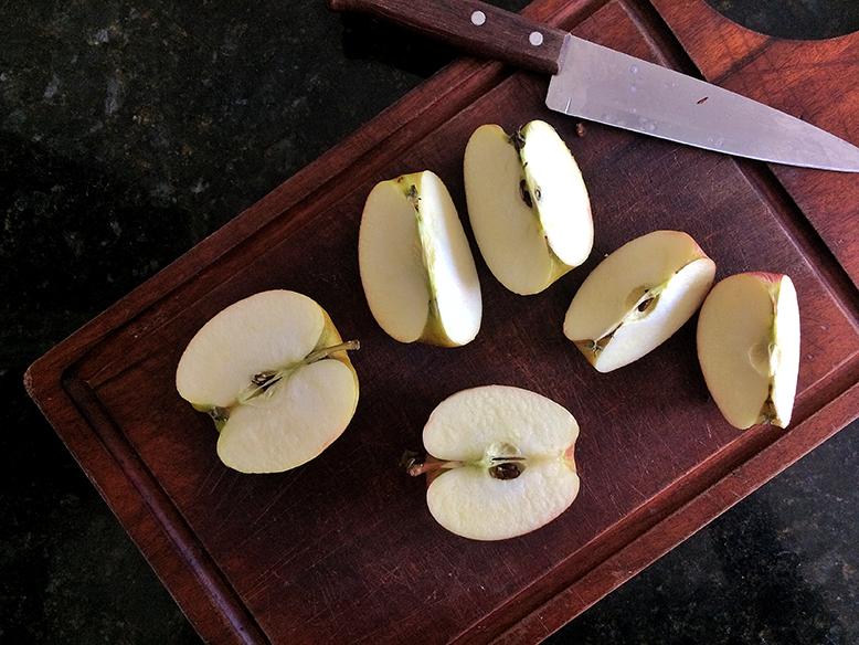 Receita de tortinha de maça com maça folhada